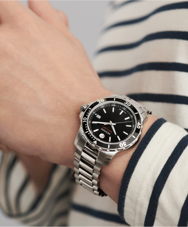 MOVADO Series 8002600135 – Men's 40 mm bracelet watch - Other view